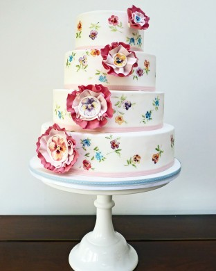 Nevie_pie_cakes_Pretty-wedding-cake