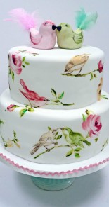 Nevie_pie_cakes_bird-wedding-cake-Hertfordshire