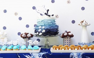Nevie_pie_cakes_underwater-party-dessert-table-hertfordshire