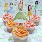 Nevie_pie_cupcakes_painted-toppers